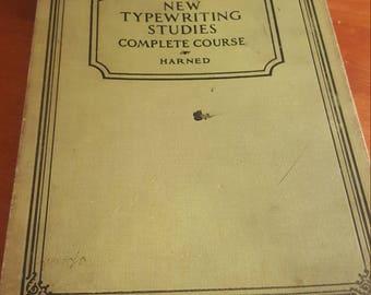 Vintage Typewriter Studies Manual