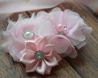 Light pink hair clip, flower clip, clip, wedding clip, flower girl hair clip, maternity hair clip