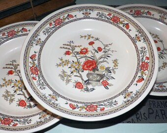 Vintage (1970s) PECO Co. Shin-San Melamine Ware rimmed soup | salad bowl. Chinoiserie florals.