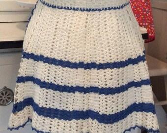 Vintage Crochet Apron, Petite Vintage Apron from Iowa, Vintage Iowa Housewife Apron, Vintage Half Apron