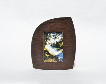 """Portrait picture frame in wenge for 4"""" x 6"""" picture"""