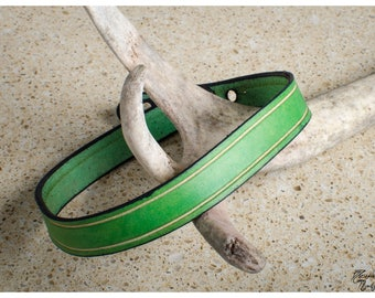 Green leather choker / double wrap bracelet with vegtan bevel