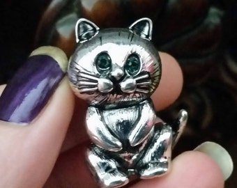 Cat brooch old silver tone with green eyes  crystal
