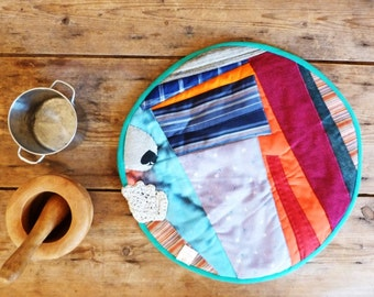 patchwork appliqué multicoloured table runner Round