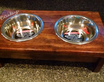 Solid / Full Leg Elevated Food Dish Holder - Medium 64oz Bowls