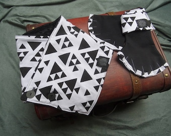 Mittens and cowl in black and white geometric pattern