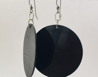 Vinyl Earrings Upcycled from Vinyl Record