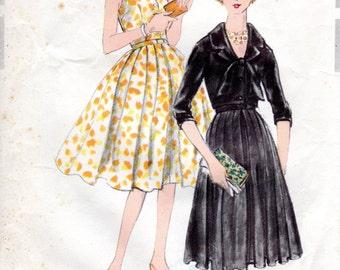 1950s Open Back Halter Cocktail Dress - Vintage Pattern Vogue Special Design 4992 - Bust 34 Cropped Jacket