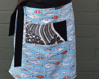 Woman's half apron. Fish, turquoise, blue sea, pocket, heavy canvas, long ties, kitchen, waitress