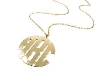 Gold 14k  Monogram pendant. Personalized Initial necklace. Monogram necklace. Personalized pendend. Gold monogram necklace. Gifts