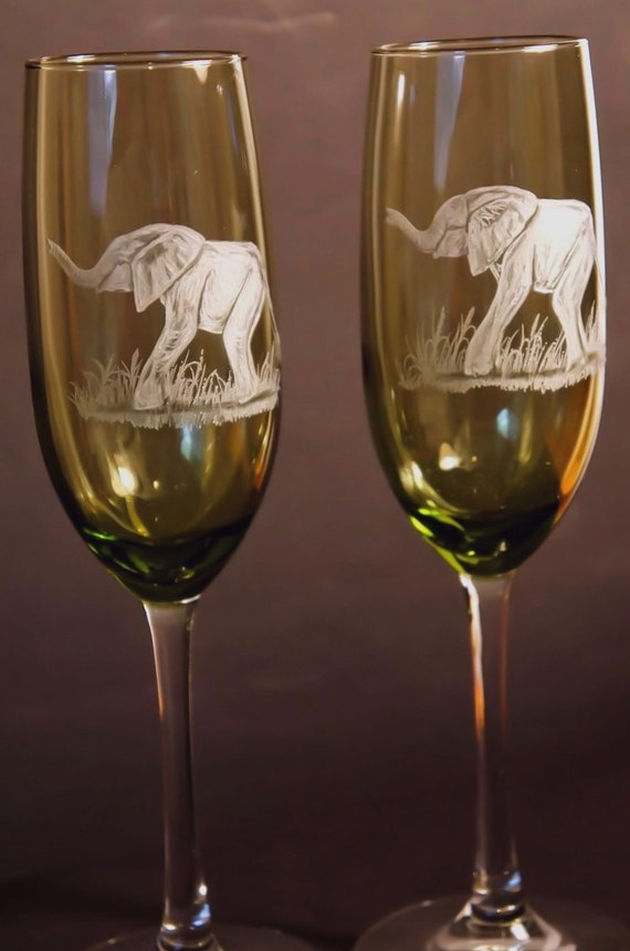 Handengraved, Champagne Flutes, Toasting Glasses, Crystal, elephants, African art, safari, big 5, champagne flute, personalized