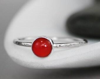Carnelian Gemstone Ring, Carnelian Promise Ring, 925 Silver Ring, Simple Ring, Gemstone Stacking Ring, Bezel Set, Hammered Ring, 6 mm
