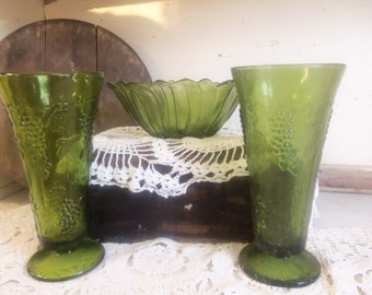Vintage Green Glass Vase and Bowl Set Vintage Wedding  B577