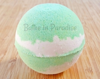 CLEARANCE Sparkling Mojito Bath Bomb   Large 2.6 inch   Fresh Cool Mint Lime