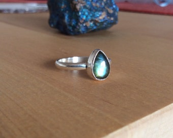 Drop In The Ocean - Labradorite Teardrop Sterling Silver Ring