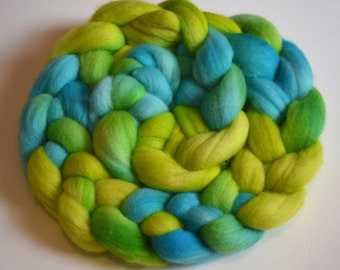 Plankton Bloom - hand dyed merino roving - 4 oz spinning fiber - felting wool - hand painted spinning fiber - green and blue roving - wool