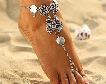 Pair of Dainty Silver Medallion Barefoot Sandals, Barefoot sandals, Beach wedding Barefoot Sandal, Anklet *FREE SHIPPING**