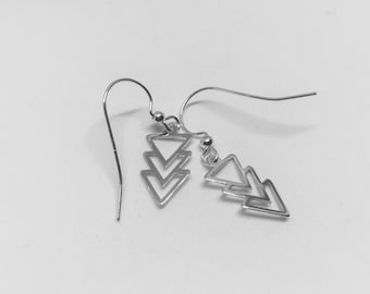 Arrow Drop silver earrings