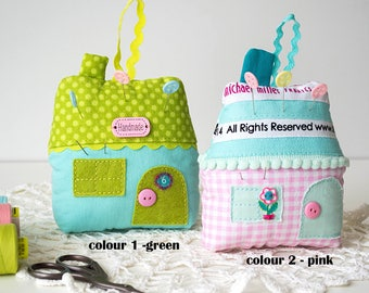 House fabric pincushion Quilting gift Sewing accessories Sewing gift Quilting pincushion Sewing pincushion Green Pink Needle pincushion