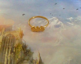 Ring adjustable size small bat Golden matte finish