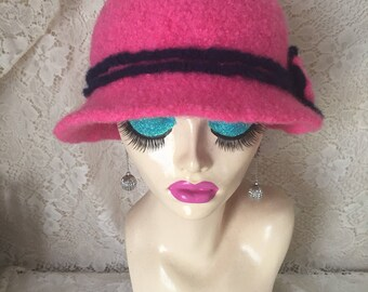 Camellia Pink Vintage Inspired Crocheted Felted Cloche Flapper Hat 'Molly'
