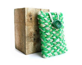 Eco-designed pouch Green