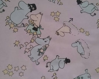 vintage Moomin fabric light lilac background cotton tillukka lila small character