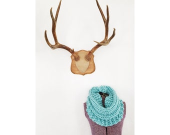 HERMOSA COWL in Aqua - Infinity Scarf - Turquoise Hand Knit Neckwarmer, Aqua Cowl, Ice Blue Circle Infinity Scarf