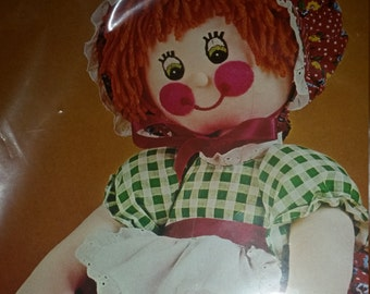 Vintage Bucilla Adorable Doll kit Country Bumkin. 11 1/2 inches tall