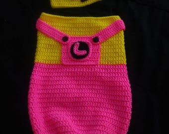 Minion cocoon and Hat set Newborn to 3 months
