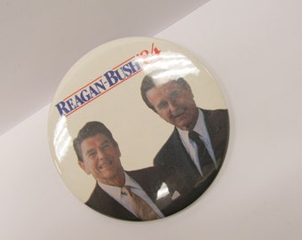 1984 Presidential Canidates Ronald Regan and George Bush Presdential Campaign Pin W #902