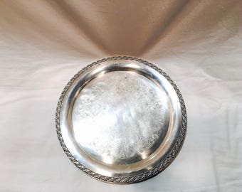 Large vintage silverplated tray, Round silver serving tray, Serving dish, Silver bar tray, Silver tray, Silver orderve tray, WM Rogers 772