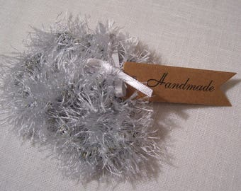 CH03 / gray Pearl Silver - set of 2 handmade SCRUNCHIES / fancy crochet wool / ponytail hair tie