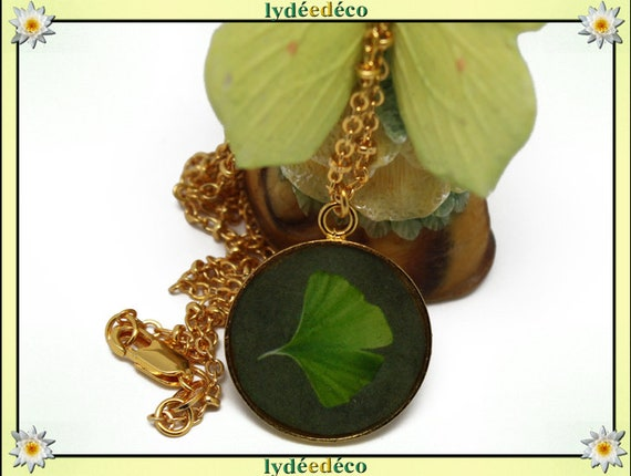 Necklace Golden brass gold 24 carat 24 k anise GINKO resin