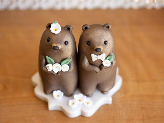 Groundhog Wedding Cake Topper by Bonjour Poupette