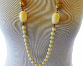 Vintage 50s Beaded Statement Necklace, Marbled Lucite, Long Necklace, Creamy, Ivory Color, Mid Century, Costume Jewelry, Flapper