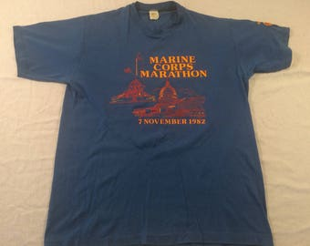 Large 1982 Marine Corps Marathon men's vintage T shirt blue gold red USMC 1980's Velva Sheen 80's military