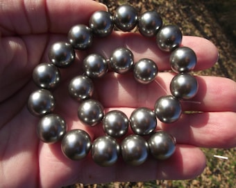 2 GRAY 12MM.* SHELL BEADS