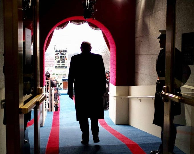 Donald Trump Just Before Swearing in as 45th President of the United States - 5X7, 8X10 or 11X14 Photo (ZY-729)