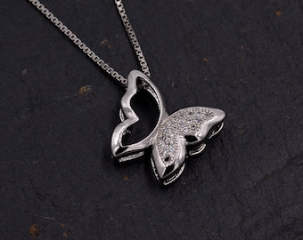 Intricate Butterfly Design Pendant Necklace with Paved Crystals Y70