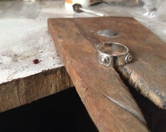 Flat band sterling silver ring