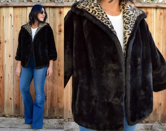 Vintage 60s FAUX FUR Cropped Coat with Pockets M