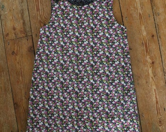 Hand-made-Girls reversible Rosie pinafore dress - Black floral - 4-5yrs