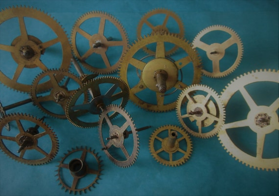 14 Large Antique Clock Gears & Wheels for your Clock Projects, Steampunk Art, Metalworking and Etc...