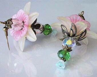 Lucite Flower Earrings, Beaded Crystal Flower, Daffodil,  Wedding Earrings, Handmade Jewelry, Dangle Earrings, Beaded Flower Earrings