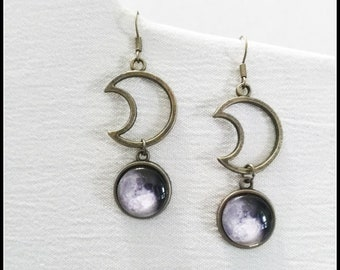 Crescent moon earrings, half moon jewelry, bronze moon, moon jewelry, witchcraft jewelry, wiccan jewelry, witch jewelry, witchy earrings