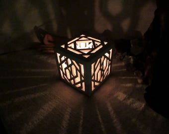 Cubic ceramic candle holder / shadow lamp with symmetric light patterns for room harmony