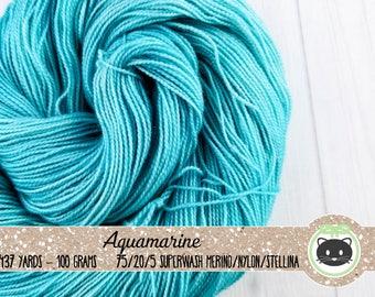 Light Blue Tonal Hand Dyed Yarn, Sock Yarn, Merino Wool Yarn, Fingering Yarn, Tonal Yarn, Sparkle Yarn, Glittering Luxe, Aquamarine