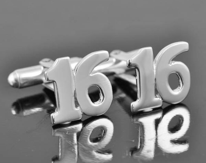 Personalized cufflinks, Initial cufflinks, mens accessories, mens cufflinks, groomsmen gift, Gift for Father, Wedding day gift