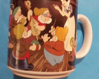 Disney's Collectible Snow White and the Seven Dwarfs Coffee Mug.